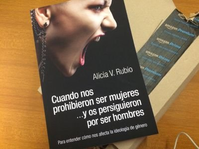 Alicia Rubio Cuando nos prohibieron ser mujeres 2
